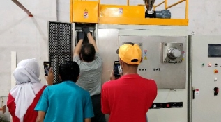 Warmly celebrate the success of lab spinning machine test in Indonesia !